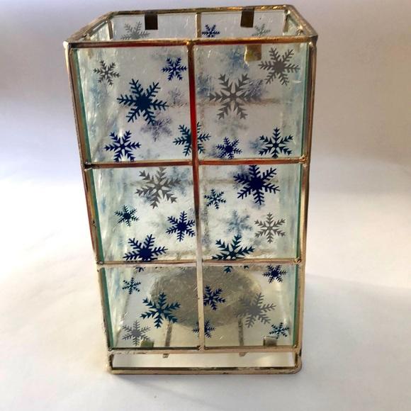 Silver Snowflake pillar candle holder